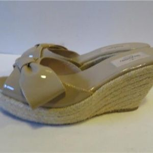 VALENTINO Shoes - VALENTINO BEIGE PATENT LEATHER WEDGE SANDALS 38.5